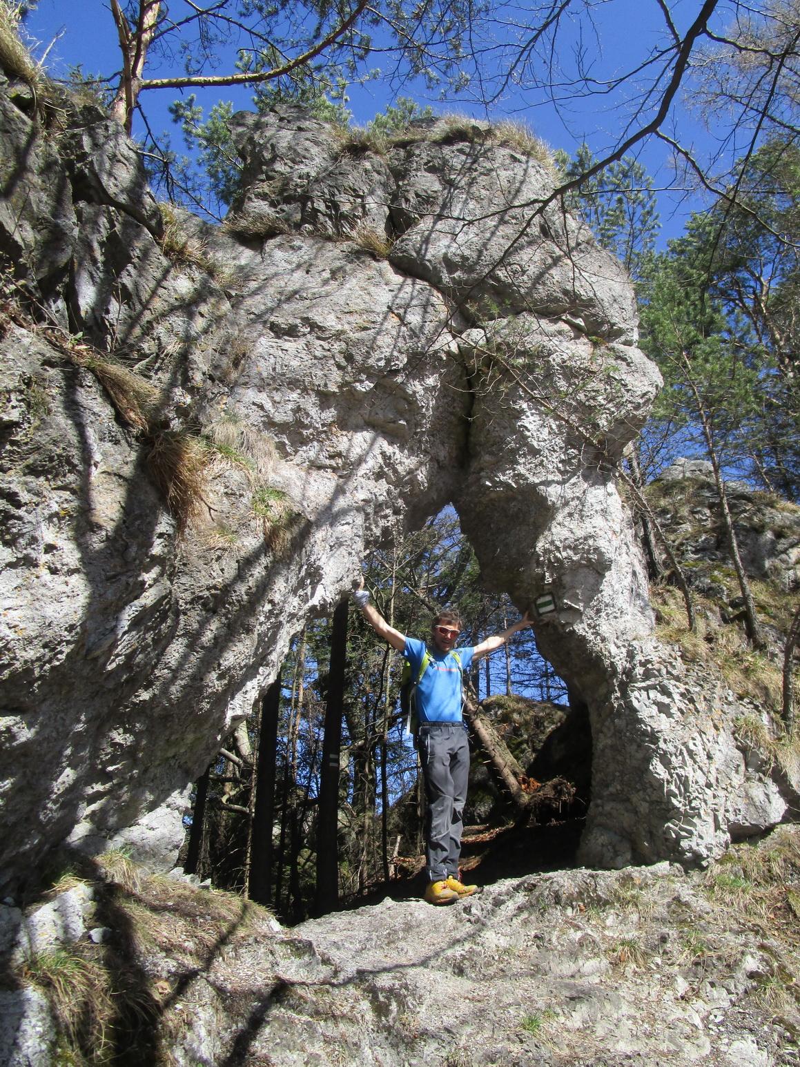 hrebenom-sedlo-branisko-slubica-1129m-n-m-