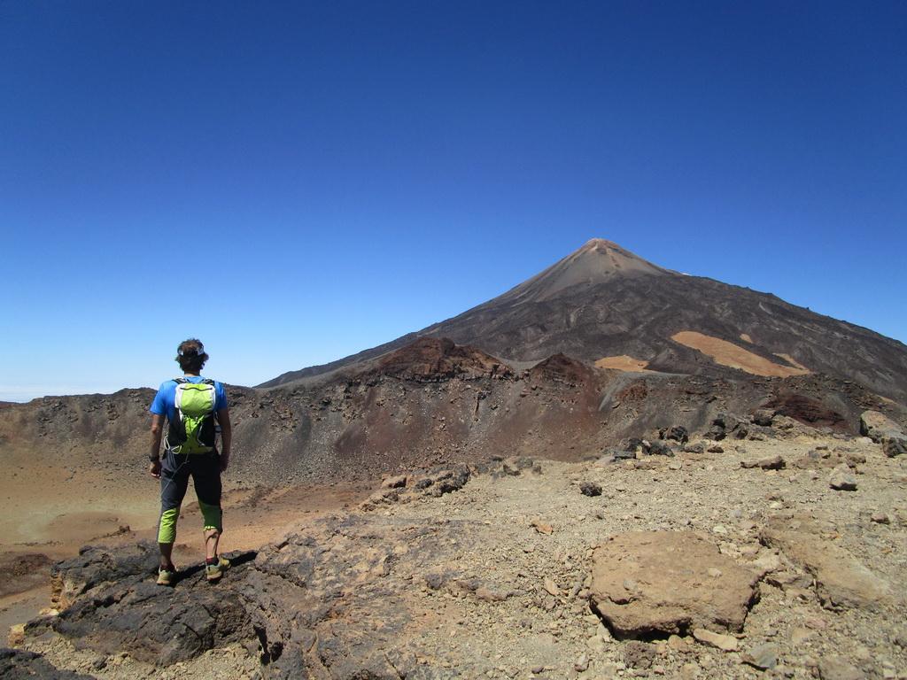 tenerife-krater-pico-viejo-3134m-
