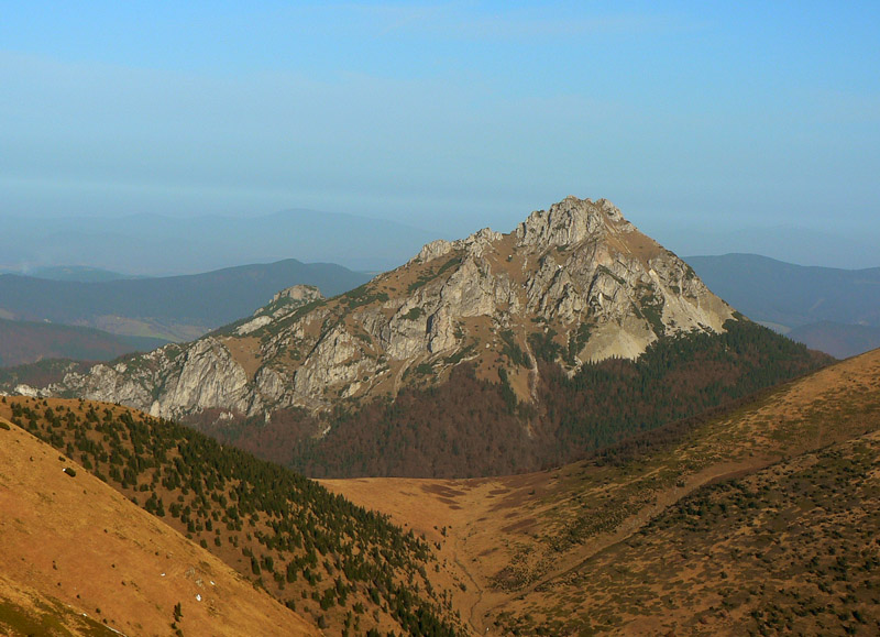 okolo-l�utovskej-doliny